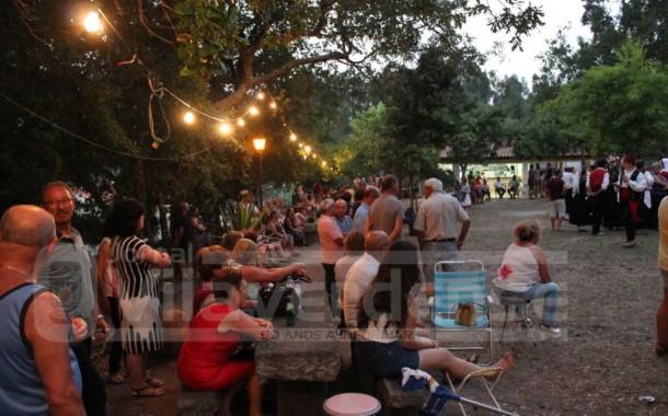 VILA VERDE: Emigrantes recebidos em dia de festa por centenas de pessoas