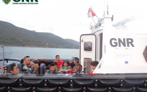 GNR resgata e auxilia 67 migrantes na Grécia