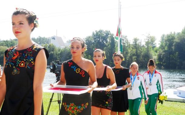 Lenços de Amor sobem ao pódio do Mundial de Maratona em Canoagem
