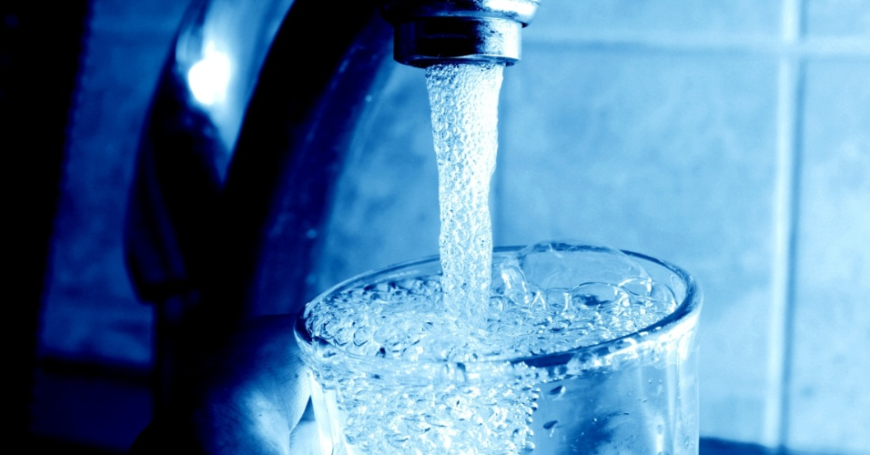 """Manuel Moreira sossega população: """"Água de Amares pode ser bebida sem problemas"""