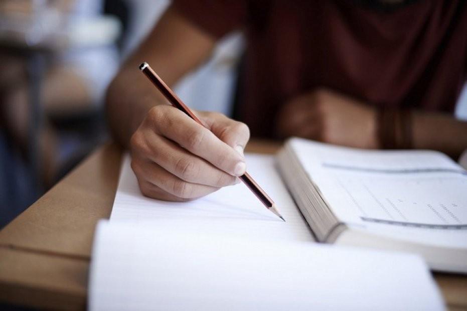 Câmara de Vila Verde atribui 261 bolsas de estudo a alunos do ensino superior