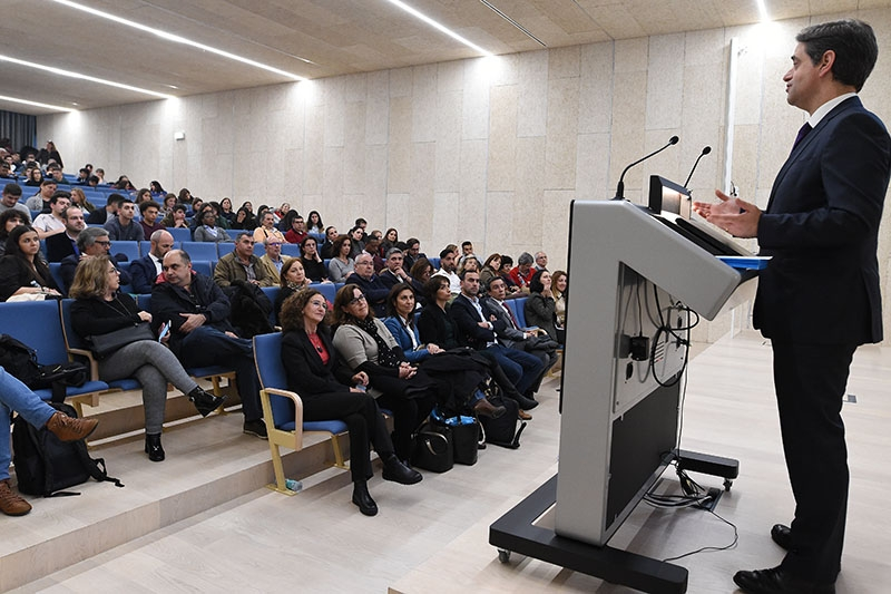 """Braga """"exige a qualificação dos recursos humanos"""", afirma Ricardo Rio na formalização da Rede de Centros Qualifica"""