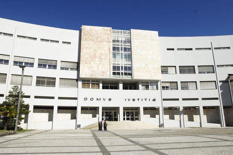 Aumentada pena de homem que atirou empresário por uma ribanceira de Braga