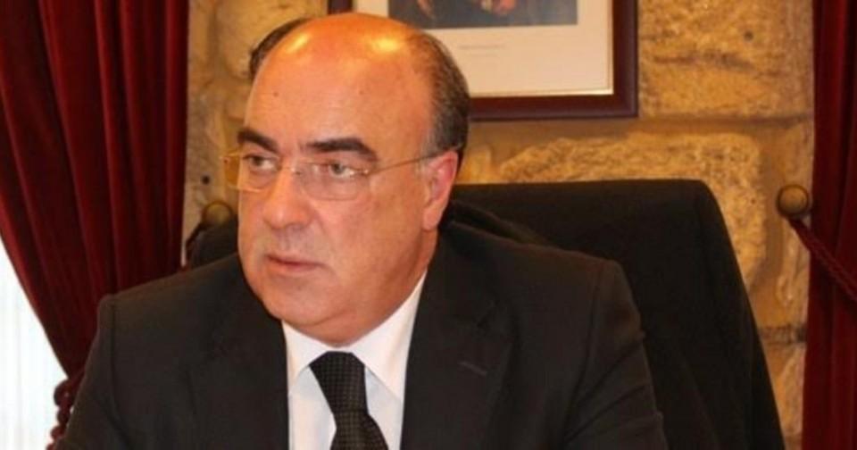 Presidente da Câmara de Barcelos fica em prisão domiciliária