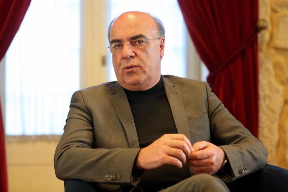 Presidente da Câmara de Barcelos está em prisão domiciliária mas vai retomar funções