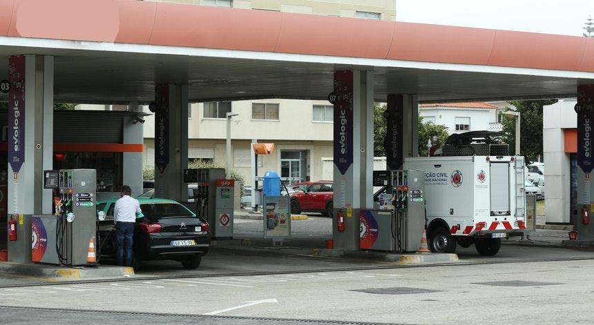 Apesar da greve, combustíveis descem segunda-feira para valores de Janeiro