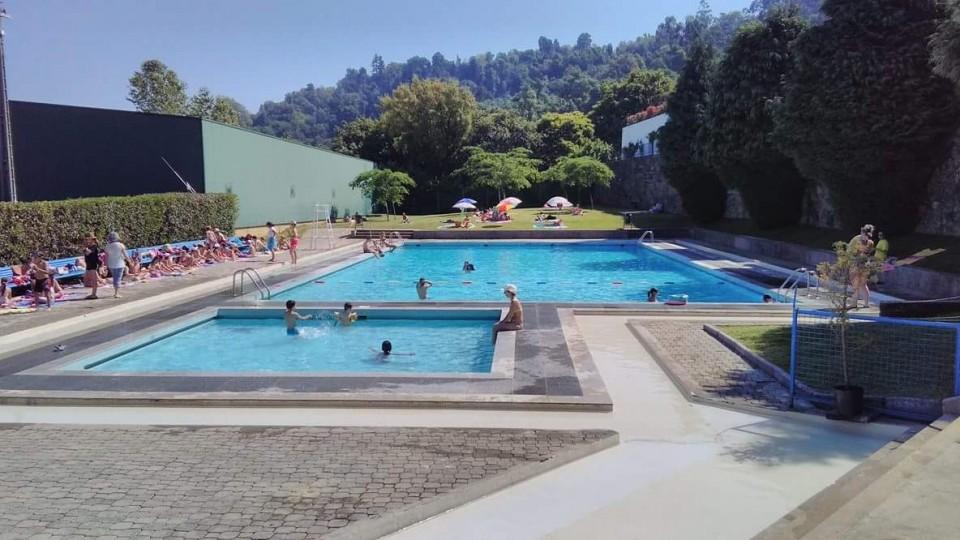 Jovem de 13 anos em estado crítico após pré-afogamento em piscina de Braga