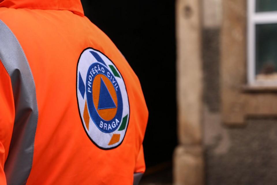 Incêndios: Braga prolonga alerta atá ao final desta terça-feira
