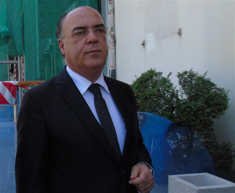 Presidente da Câmara de Barcelos paga caução de 20 mil euros para ficar em liberdade