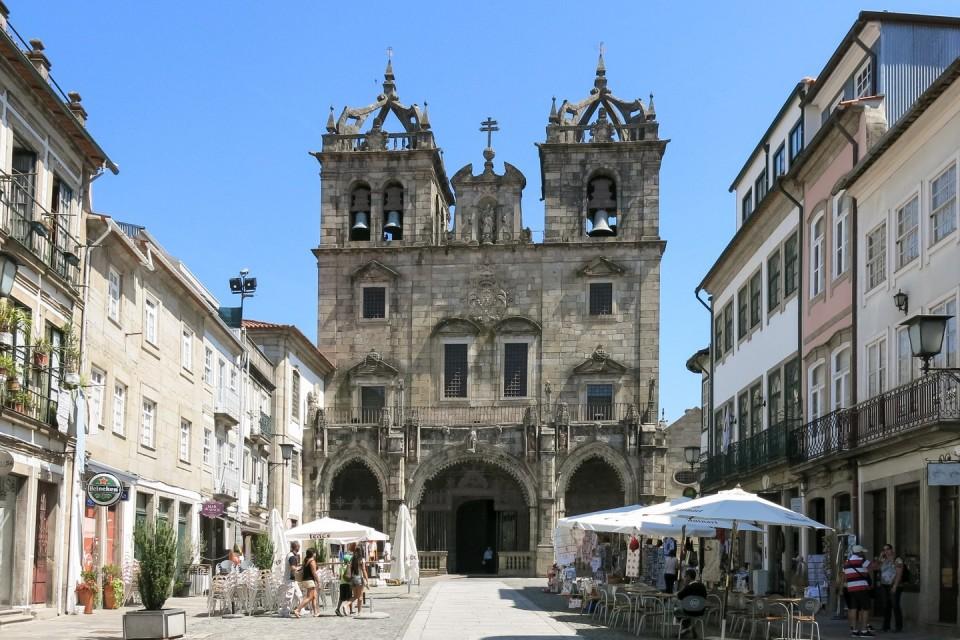 """Sé de Braga e Peneda-Gerês entre os 12 lugares """"para visitar antes de morrer"""""""