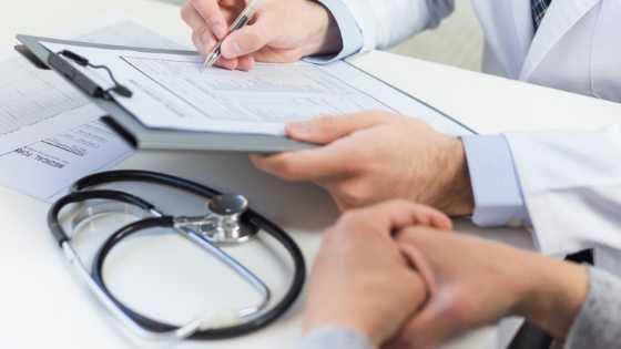 'Médico das reformas' de Barcelos condenado a quatro anos de prisão por falsificar relatórios de invalidez