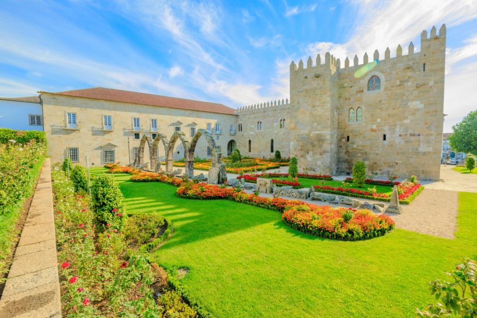 Jardim do antigo Paço Episcopal de Braga entre os mais bonitos do mundo