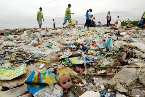 Recolhidas 2,6 toneladas de plástico nas praias este Verão