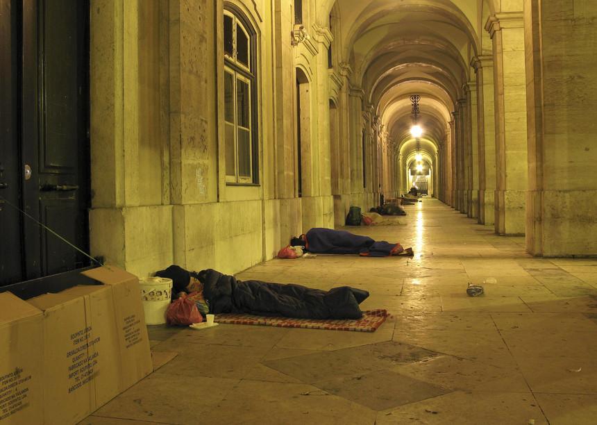 Sem-abrigo inscritos no IEFP passam a estar equiparados a desempregados
