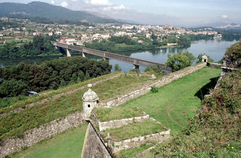 Portugal e Espanha querem tornar o rio Minho num destino navegável