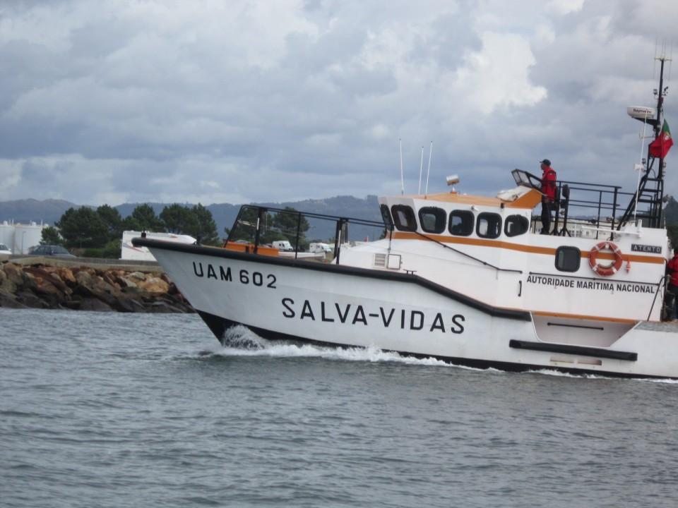 Salva-vidas de Viana do Castelo resgata tripulante de cargueiro com problemas de saúde
