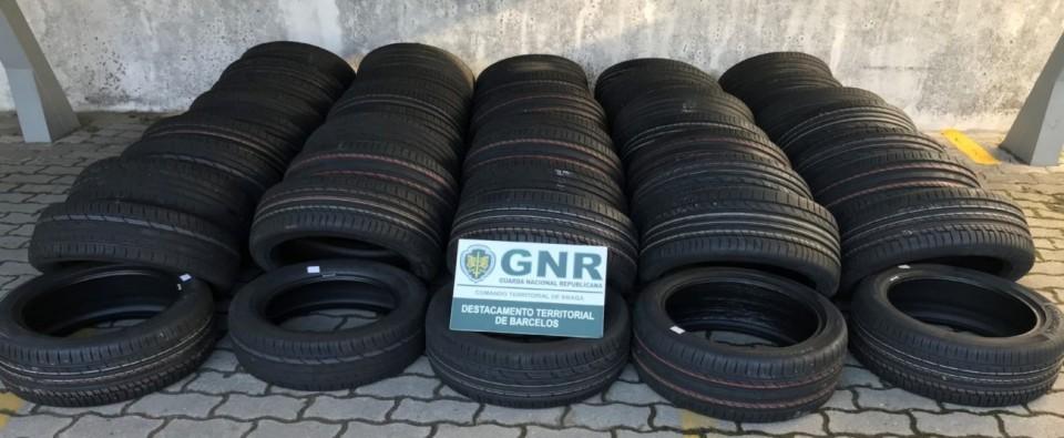 GNR apreende pneus furtados em Famalicão