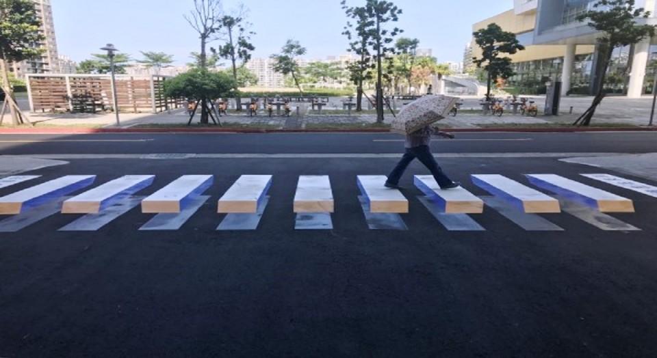 Associação Cidadãos de Esposende desafia Benjamim Pereira a colocar passadeiras 3D