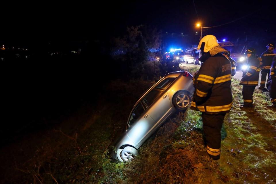 Encontrado carro acidentado, trancado e sem ninguém no interior em Braga