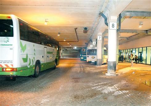 Passageiro em paragem cardiorespiratória salvo na central de camionagem de Guimarães