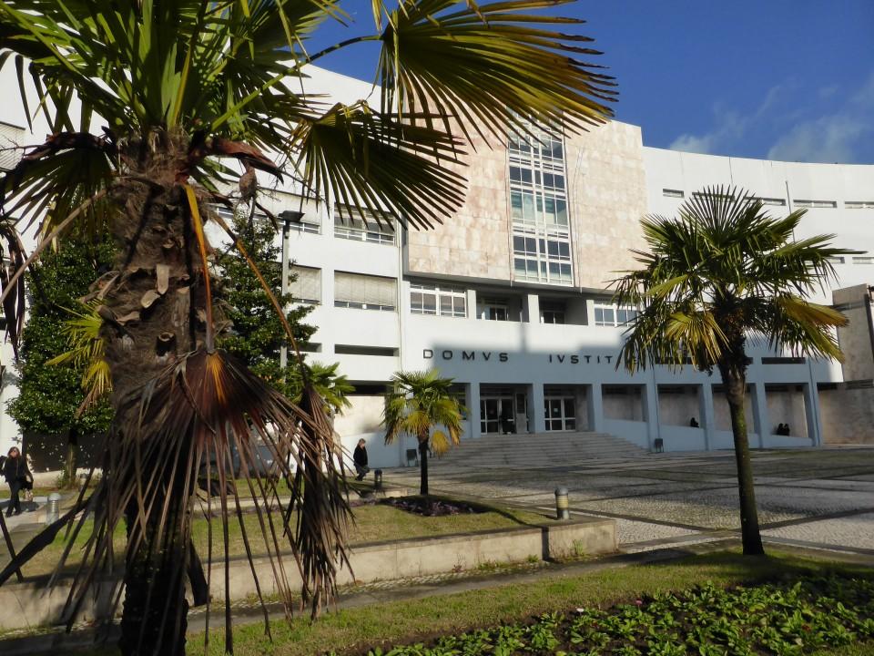 Ministério Público e acusação pedem condenação de homem de Vila Verde por violência doméstica