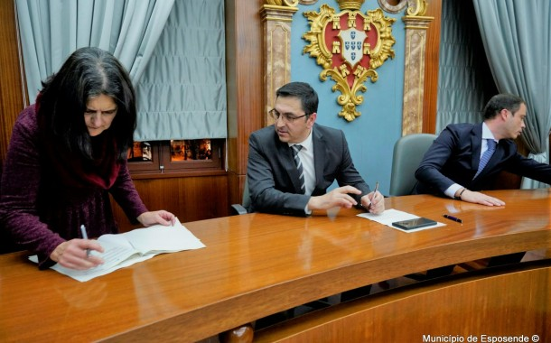 Esposende assina contratos programa de desenvolvimento desportivo
