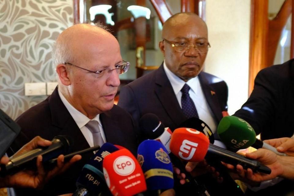 """""""Governo não tem comentários a fazer"""" sobre esquemas de Isabel dos Santos"""