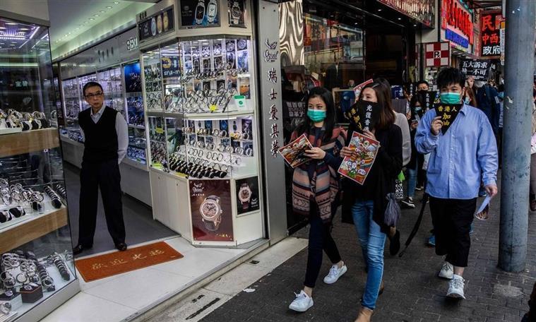 Organização Mundial da Saúde alerta para vírus misterioso que apareceu na China