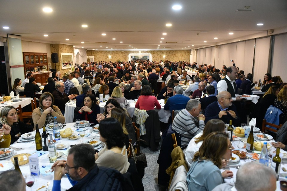 Autarcas de Braga confraternizam à volta da mesa