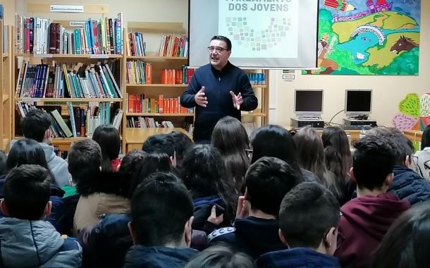 """José Maria Cardoso alerta para números """"chocantes"""" de violência no namoro em escola de Barcelos"""