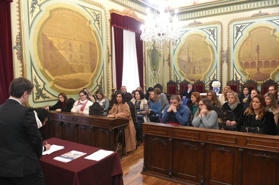Escolas de Braga recebem mais 29 assistentes operacionais. Lançado novo concurso