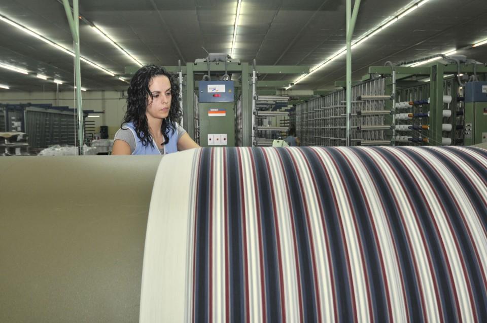 """Guimarães. BE pede intervenção """"urgente"""" do Governo na têxtil Somelos"""
