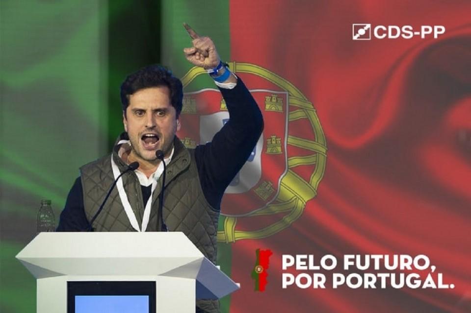 "Carlos Meira defende ""baldes de lixívia"" para ""limpar"" CDS"