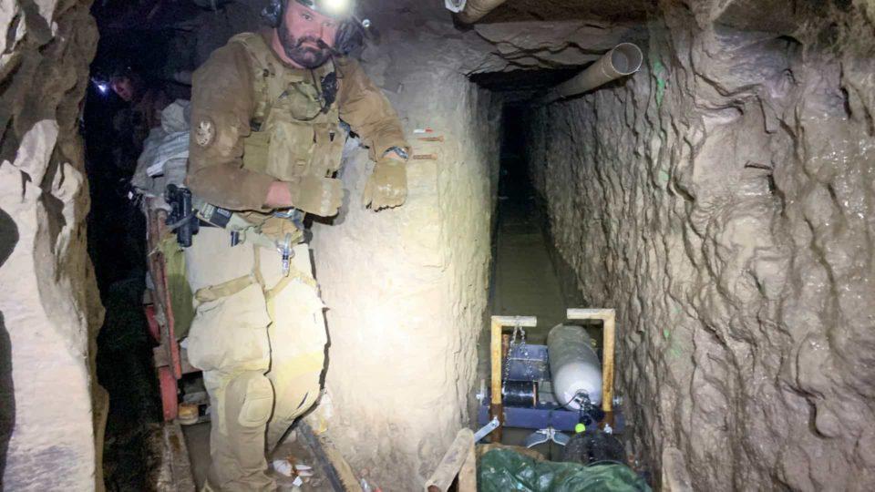 Maior túnel para tráfico de droga encontrado na fronteira dos EUA com o México