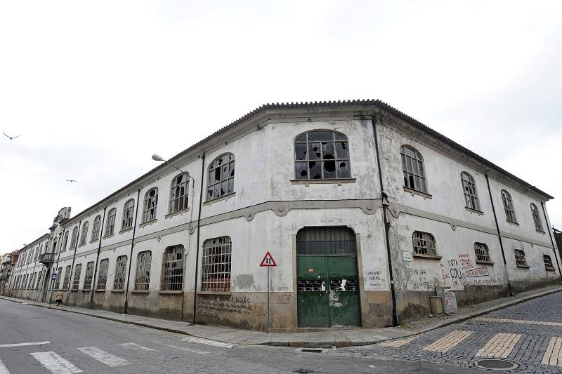 Universidade do Minho é destino da Fábrica Confiança se hasta pública voltar a fracassar
