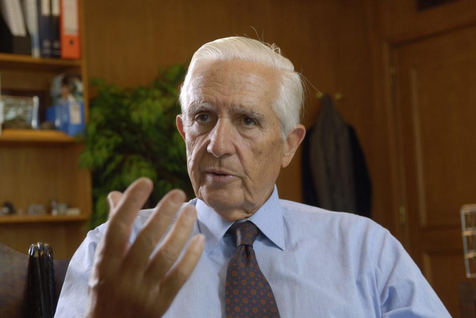 Morreu o antigo ministro Álvaro Barreto