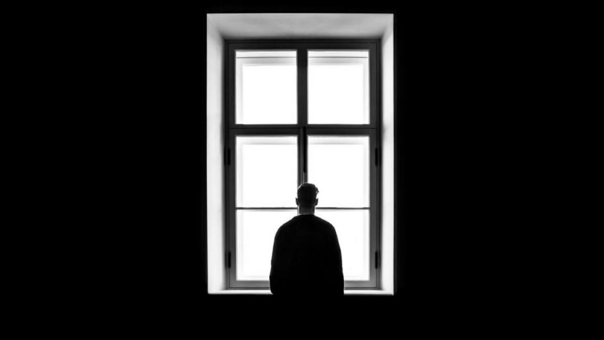 "Covid-19. Isolamento social ""pode aumentar risco de violência doméstica"""