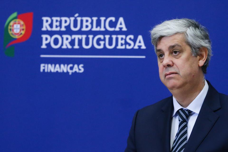 Marcelo tenta travar saída de Centeno do Governo
