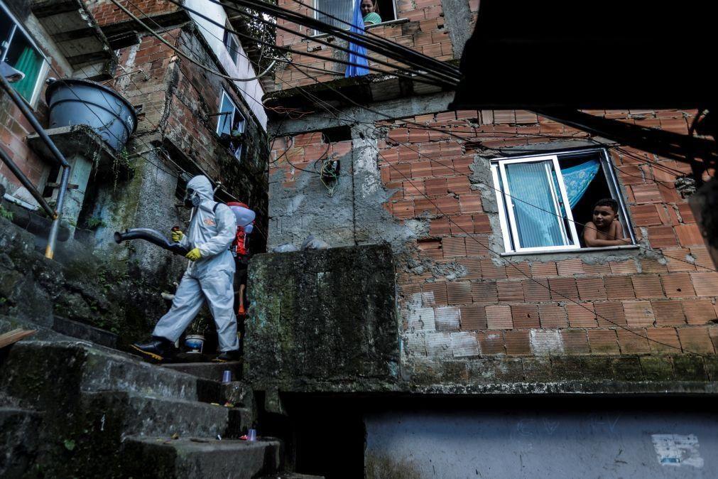 """Covid-19.  """"Estupidez"""" de Bolsonaro faz do Brasil """"risco muito grande"""" para países vizinhos"""