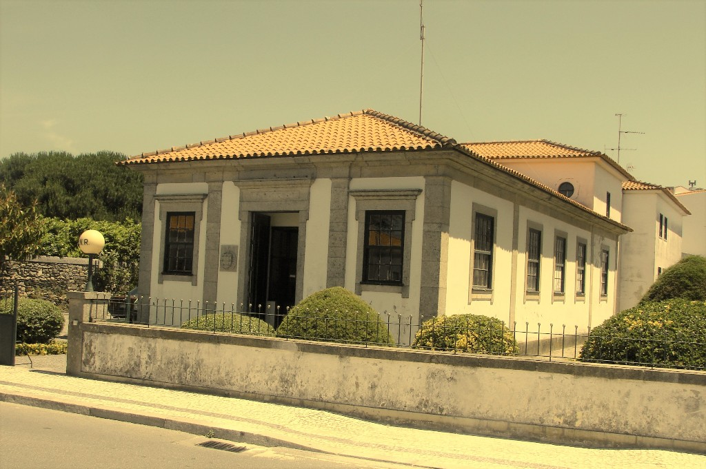 Transformação do antigo quartel da GNR de Esposende em Arquivo Municipal com luz verde