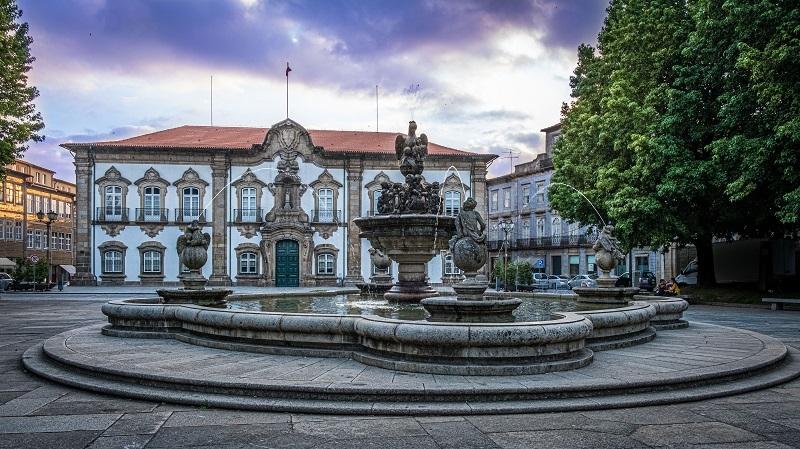 Câmara de Braga aprova recomendação da CDU para pagar subsídio de refeição a 450 trabalhadores que estão em casa