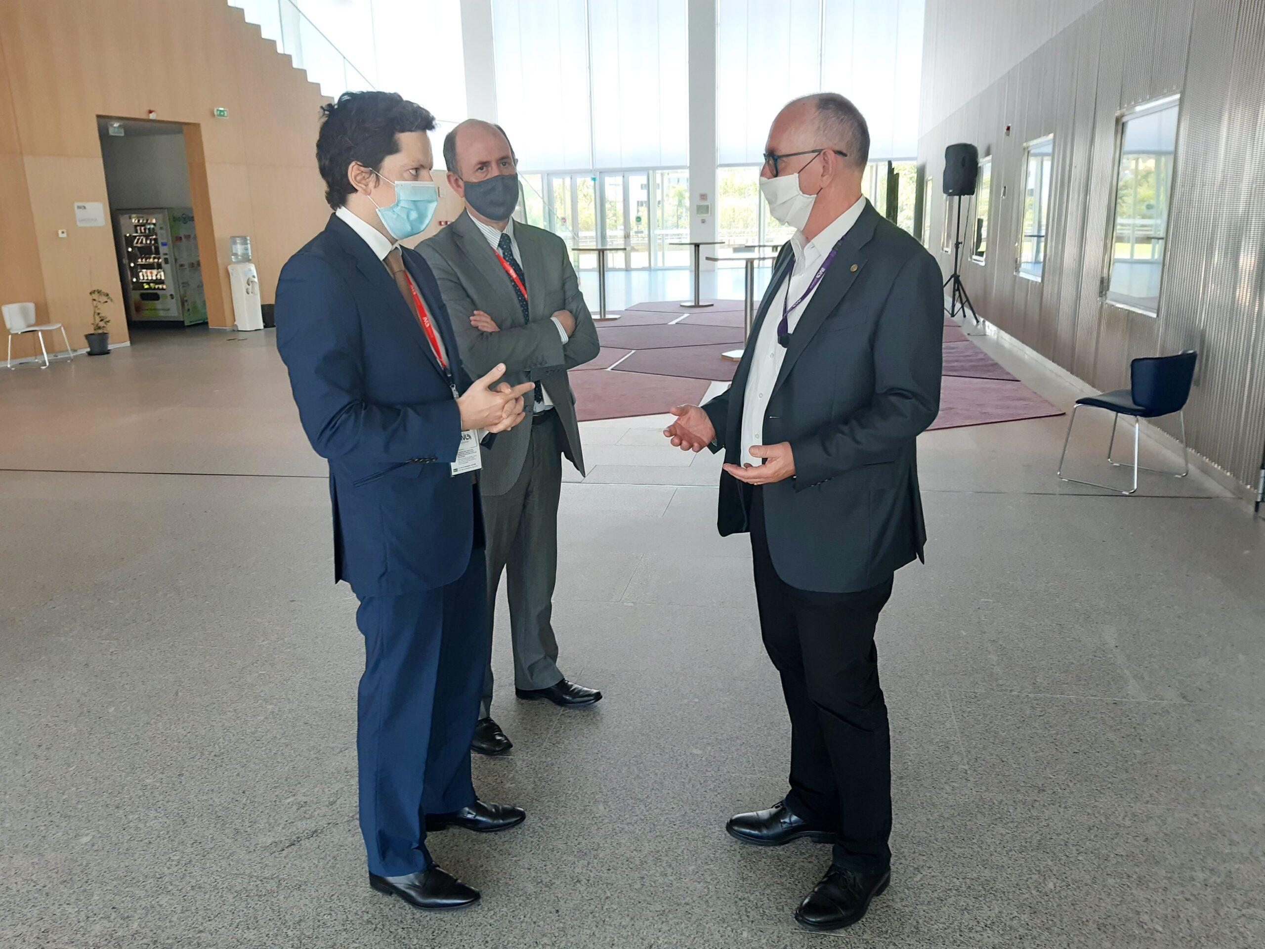 Deputados do PSD conhecem soluções de inovadoras no combate à covid-19 no INL