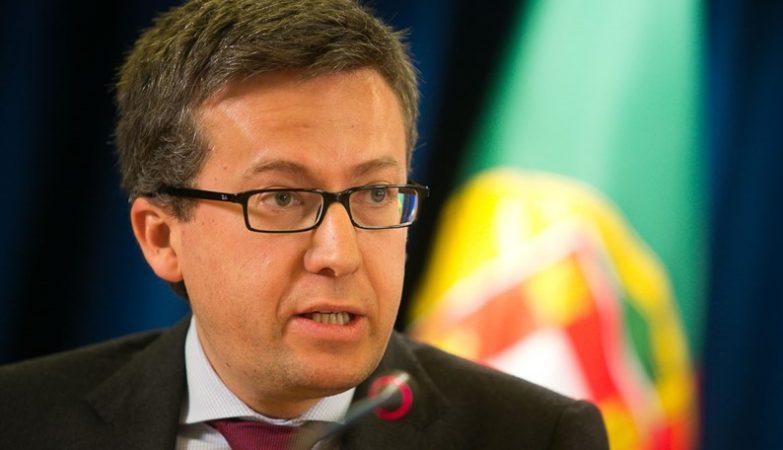 Escritório de advogados, ACB e InvestBraga organizam um 'webinar' sobre a Europa com Carlos Moedas esta terça-feira