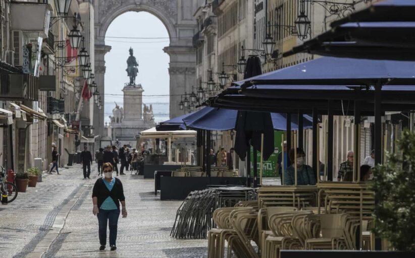Governo pondera decisões especiais de desconfinamento para Lisboa. Médicos a 'flipar'