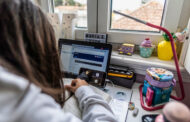 PSD de Braga exige que Governo pague às autarquias computadores oferecidos a alunos carenciados