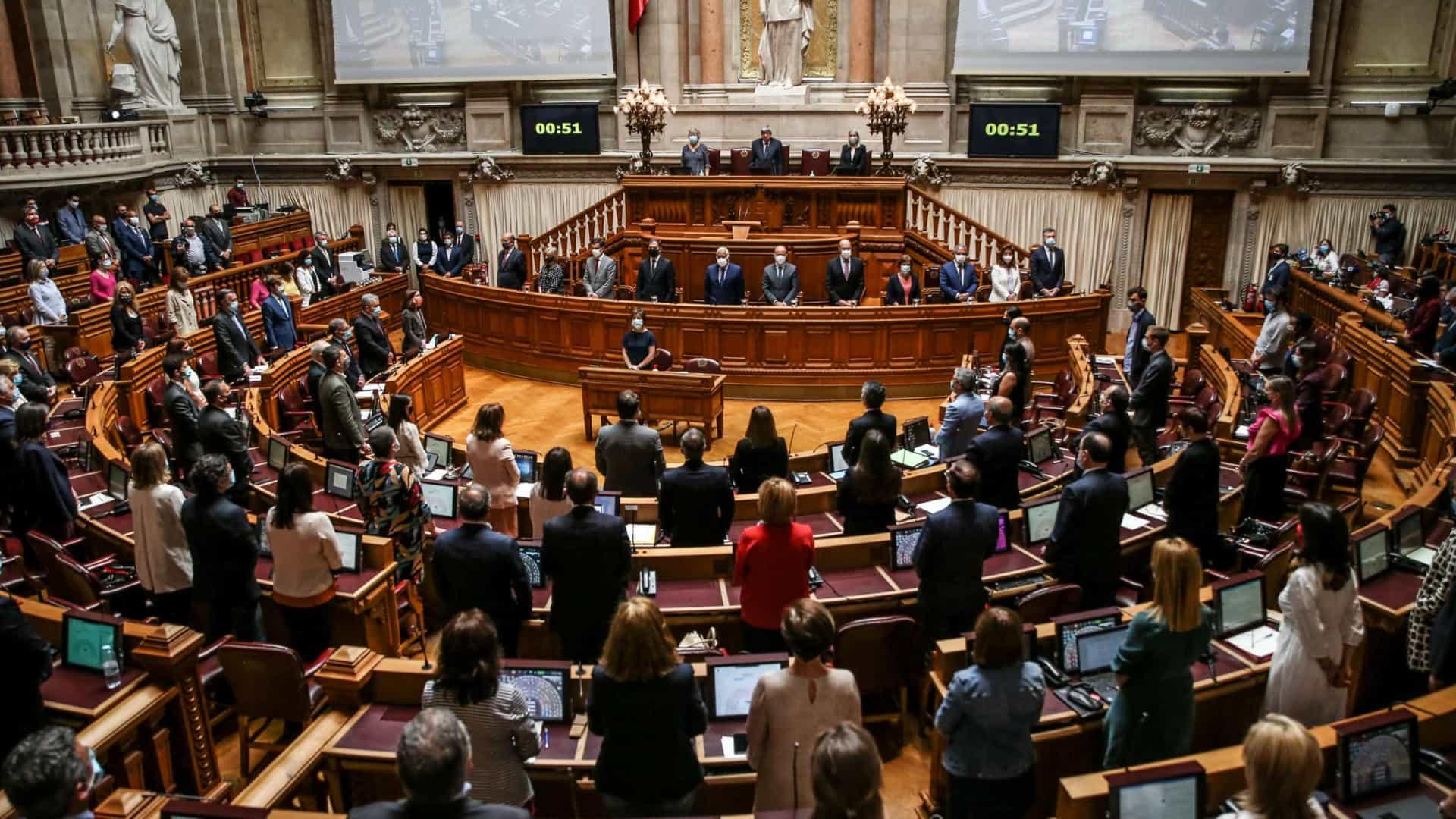 Parlamento aprova Orçamento Suplementar na generalidade só com o 'sim' do PS