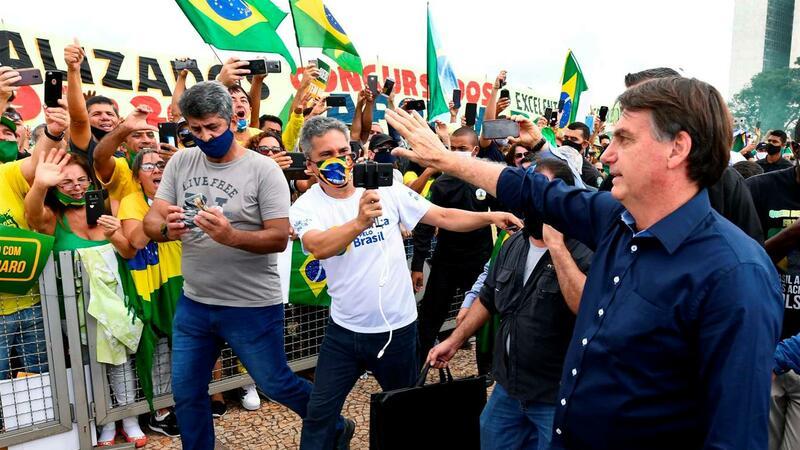 Brasil. Bolsonaro, familiares e ministros viram dados pessoais divulgados por hackers