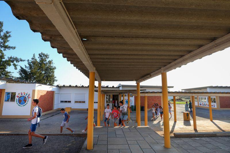 Remoção do amianto de 578 escolas custa 60 milhões. Confira lista de escolas