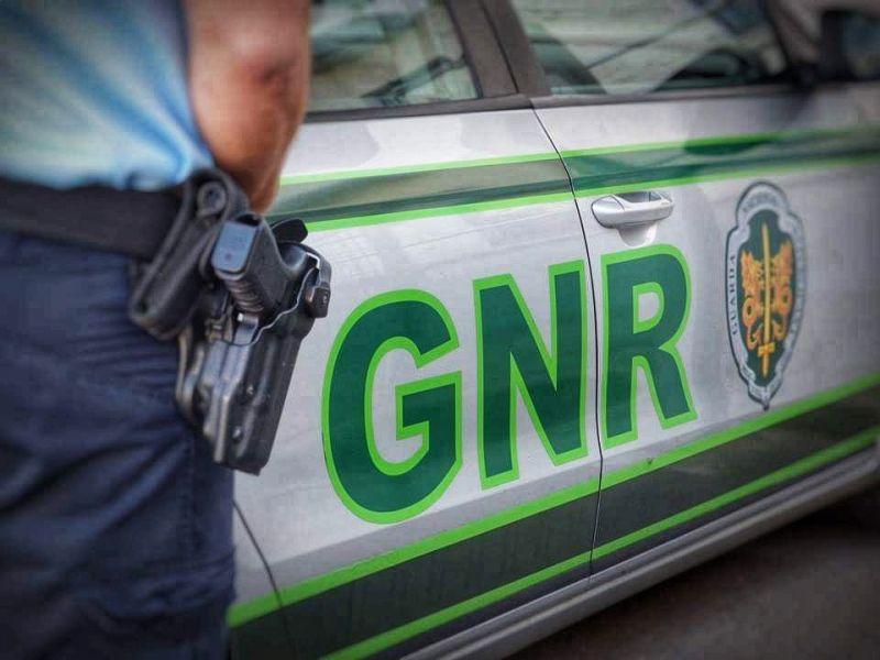 GNR impede fuga de cadastrado para o estrangeiro