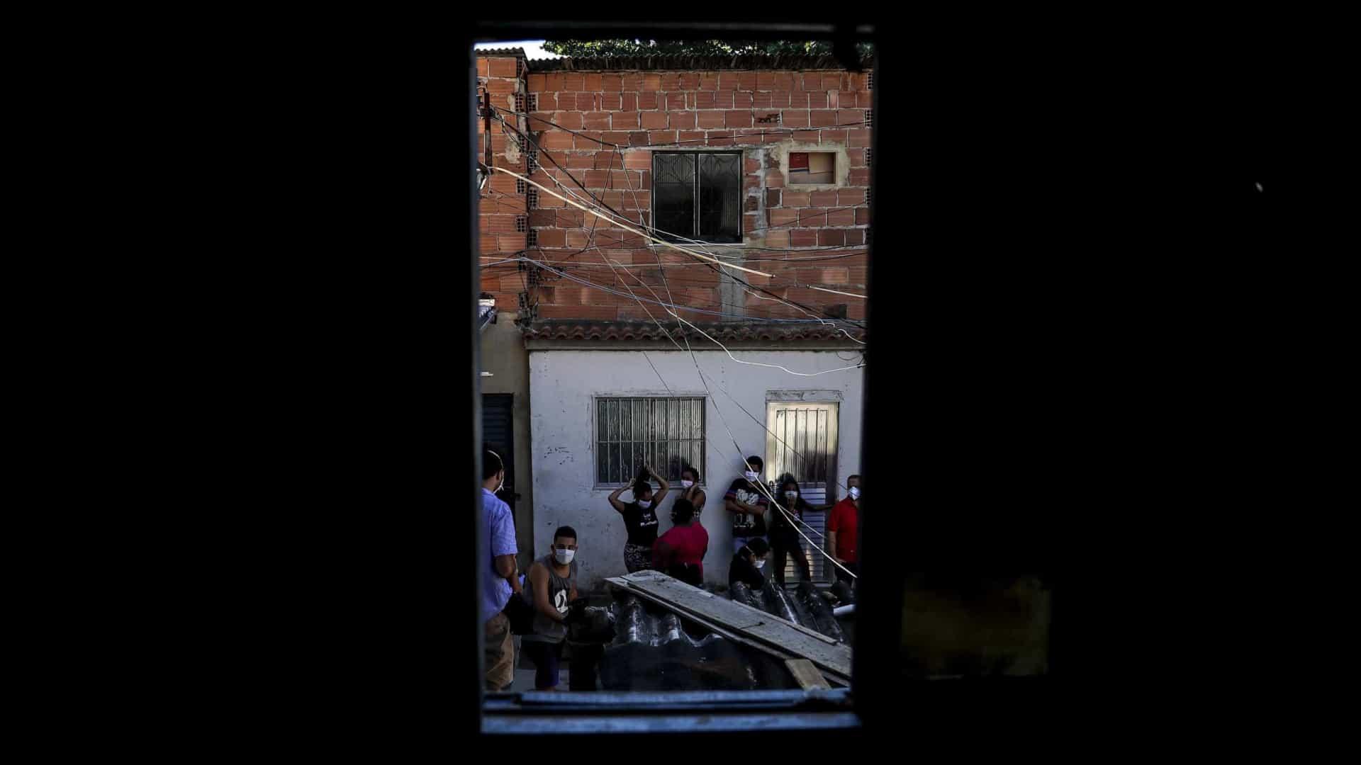 Adolescentes vítimas de trabalho infantil e do tráfico de drogas no Brasil